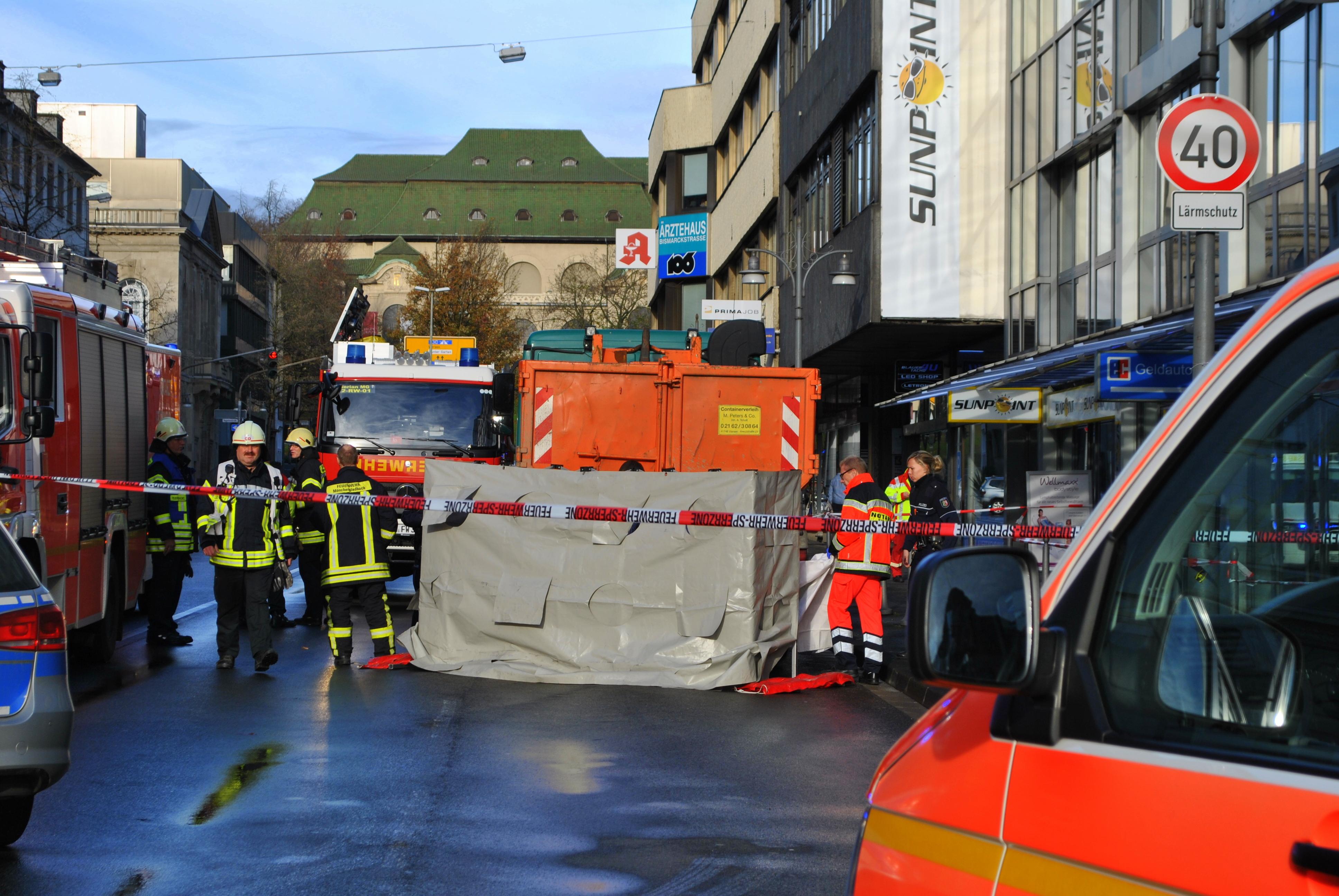 Bismarckstraße Mönchengladbach mönchengladbach tödlicher verkehrsunfall auf der bismarckstraße