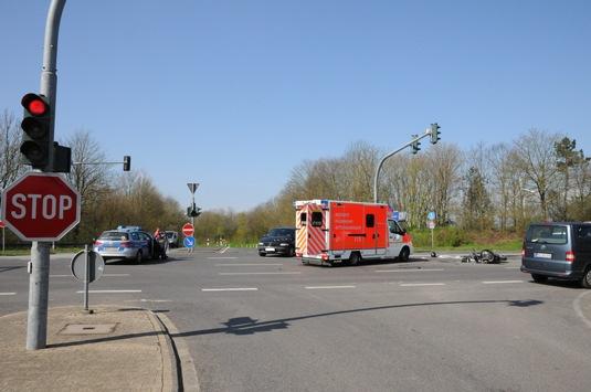 pol-mg-schwerer-verkehrsunfall-auf-der-hardter-landstrasse-motorradfahrer-lebensgefaehrlich-verletzt02